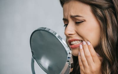 Root Canal Vs. Tooth Extraction in Phoenix